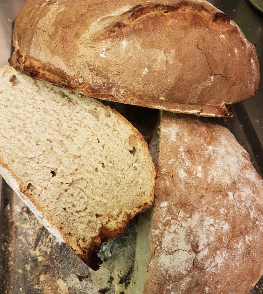 Herzhaftes Brot selber backen
